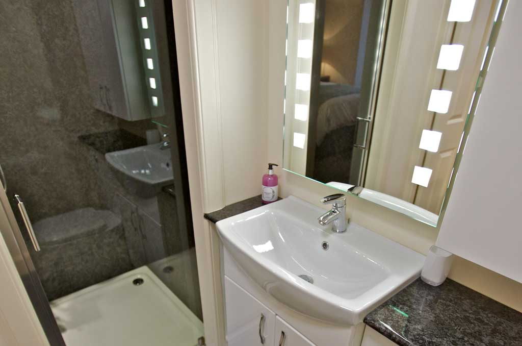 Ensuite Shower room at Kirkwall Bed and Breakfast
